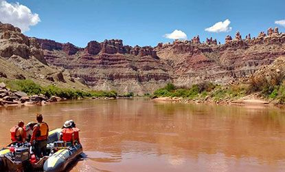 Floating on the Colorado Rvier